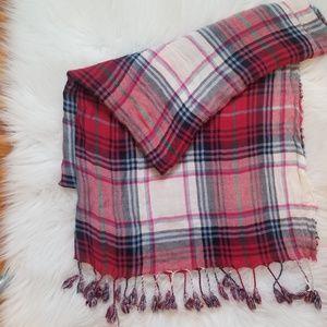 Plaid scarf/shaw - Charmin Charlie